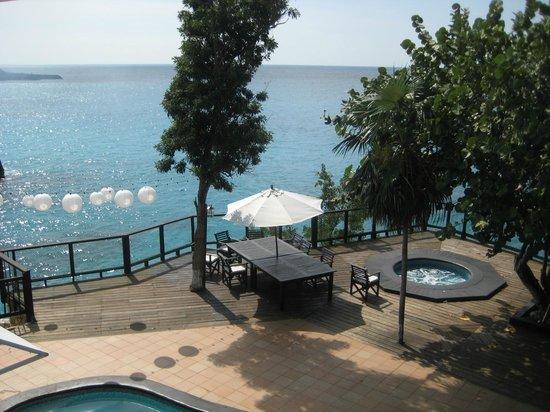 Villas Sur Mer: Pool deck