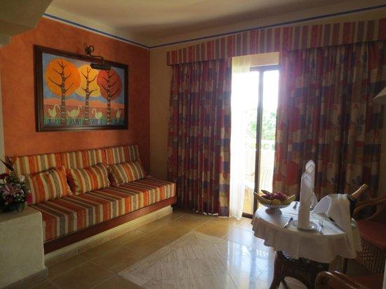 Grand Bahia Principe Coba: Living area
