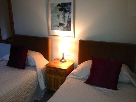 Wildside Highland Lodges: Twin room! Cosy and clean -Highland park lodges Osprey 1