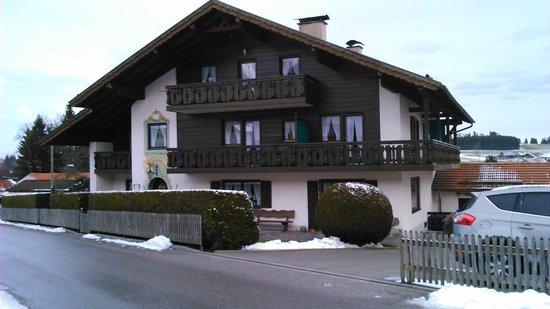 Gästehaus Hibler: Gaestehaus Hibler