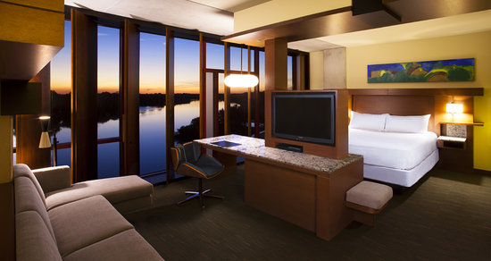 Fort Meade, FL: Streamsong Room