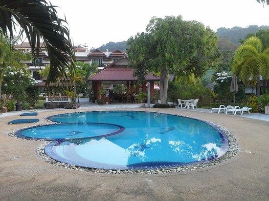 Phi Phi Andaman Legacy: la piscine