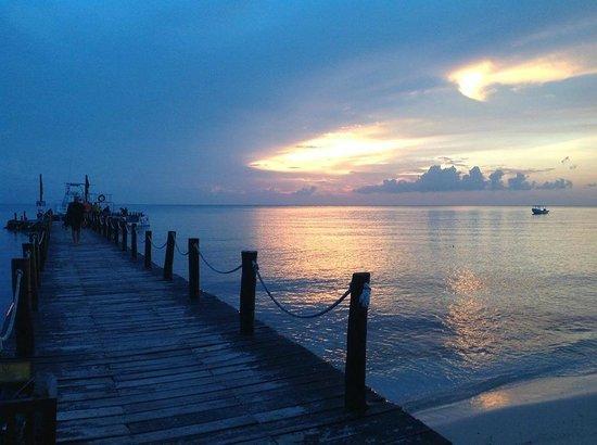 Iberostar Cozumel: Sunset of dock