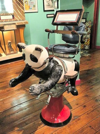 Ripley's Believe It or Not!: adorable childs barber chair
