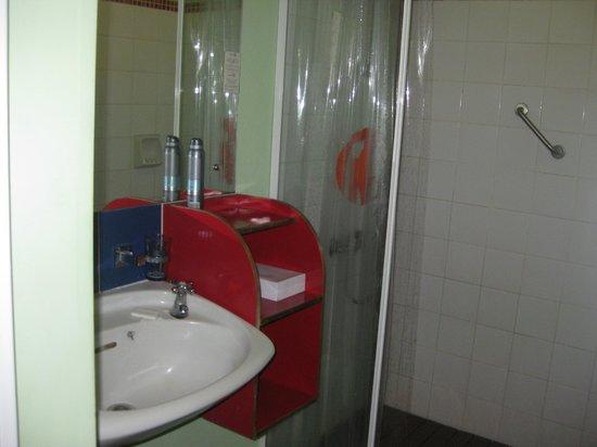 Hotel Tamarin : La salle de bains