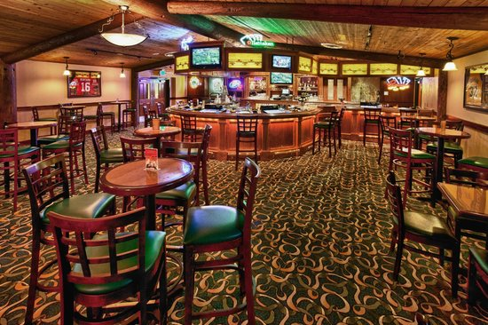 Lucky 7 Casino & Hotel: Club 7 Sports Bar