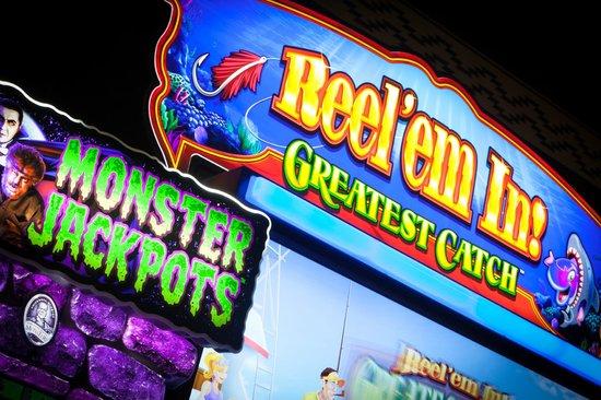 Lucky 7 Casino & Hotel: Slots