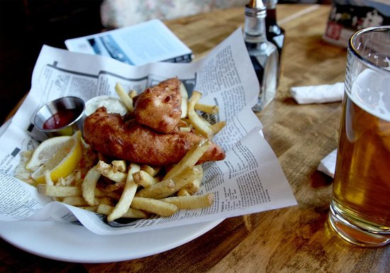 The Georgetown Pub : Soggy Halibut & Chips