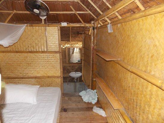 Kalume Kradan Village : camerae ingresso bagno