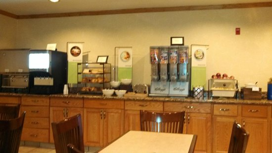 Country Inn & Suites By Carlson, Grand Rapids Airport : Country Inn & Suites Grand Rapids