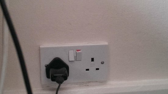 broken plug socket - Picture of The Maranton House Hotel, London ...