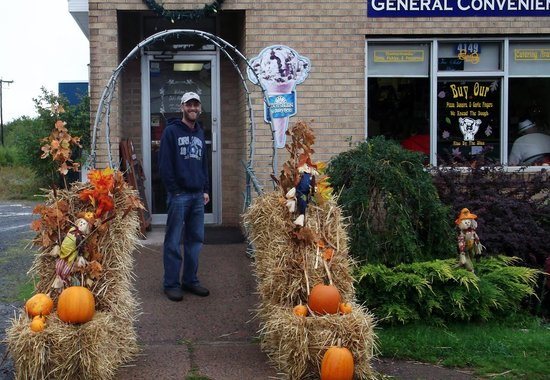 Deb's Hidden Cafe: Deb's at Halloween