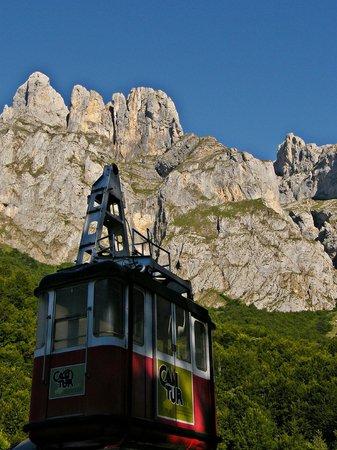 Cantur: Cumbres de Picos