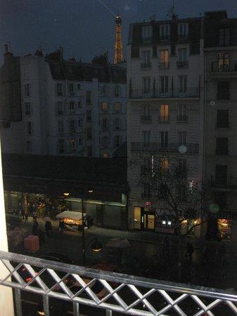 Hotel Le Walt: View of Paris