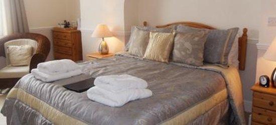 Beachcroft Bed & Breakfast