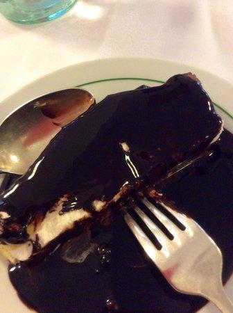 Diana: amazing chocolate sauce on semi-fredo