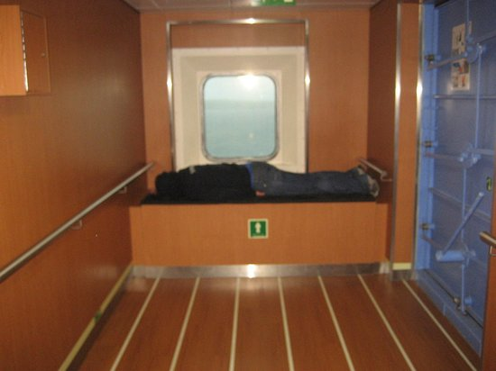 Stena Line Limited - Day Trips: Power napping!!!