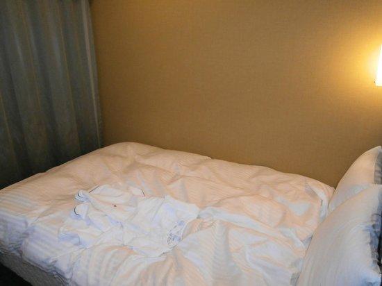 Sotetsu Fresa  Inn Nihombashi Ningyocho: ベッド