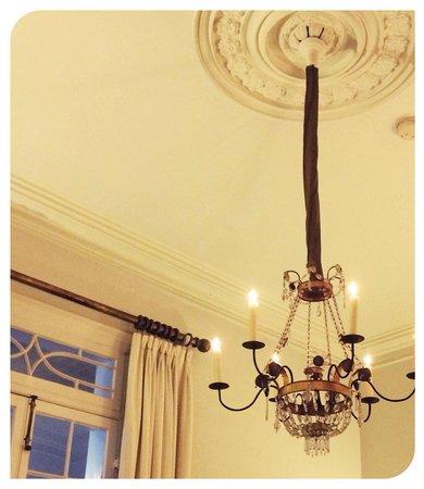 Soniat House: Living Room
