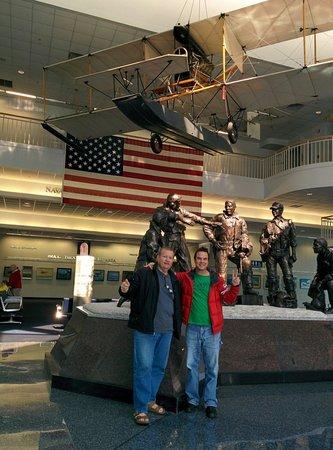 Museo Nacional de Aviación Naval: Museum.