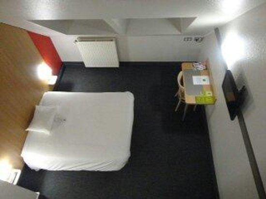 B&B Hotel Quimper Sud Bénodet : Chambre pour 4 personnes