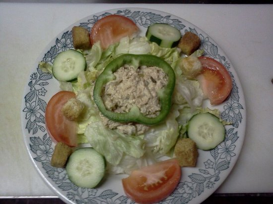That Place: Tuna salad plate