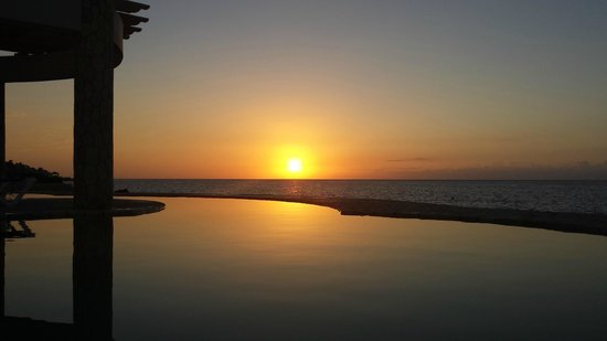 The SPA Retreat Boutique Hotel: Sunset