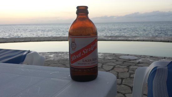 The SPA Retreat Boutique Hotel : Red Stripe