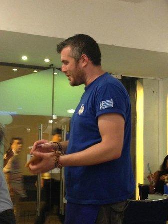 Grecia, Cafe y Suvlaki: Amable y...