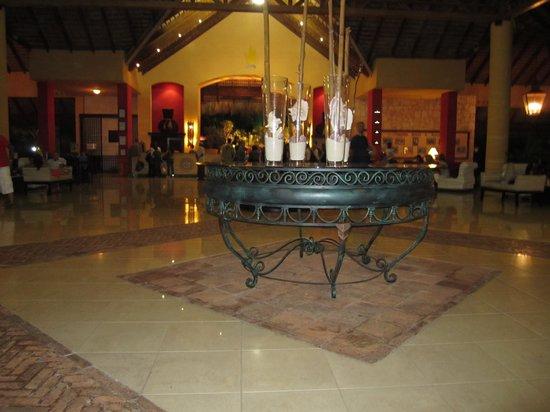 Caribe Club Princess Beach Resort & Spa: LOBBY CARIBE CLUB PRINCESS
