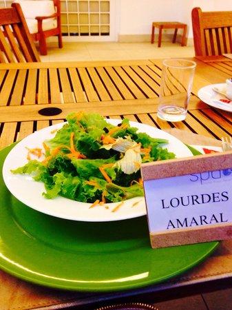 Granja Brasil Resort: Salada de entrada no almoço Spa do Hotel Clarion