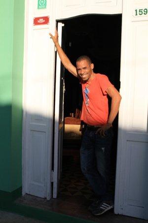 Hostal Casa di  Elio Ramos: Elio notre sympatique hôte