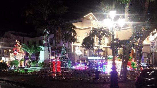 Piazza Tasso : luci