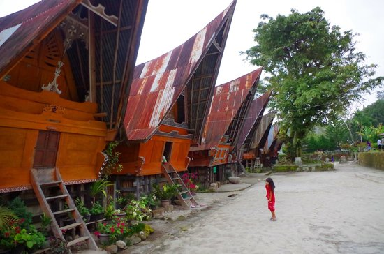 Things To Do in Tomok Village, Restaurants in Tomok Village