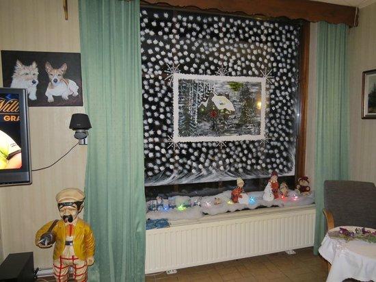 Hotel Opdeboud: Rosie' painting