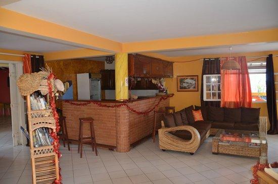 Hotel Le Petit Havre: Le bar !