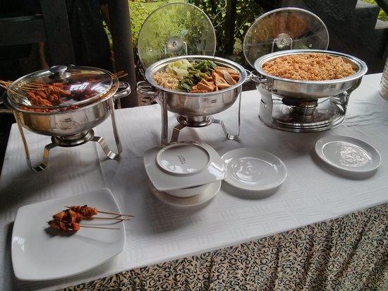 Sunset House Lombok: Breakfast