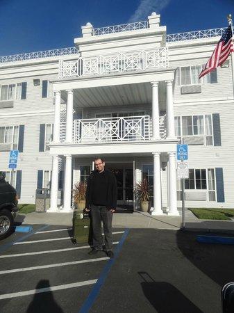 Best Western Salinas Monterey Hotel: Foto da Frente do Hotel