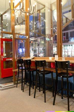 Cafe Tisfris: Evening