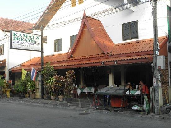 Dreams restaurant on the beach road