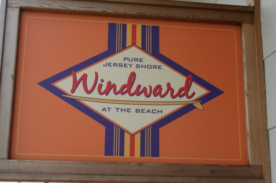 Windward at the Beach: wow nice logo!