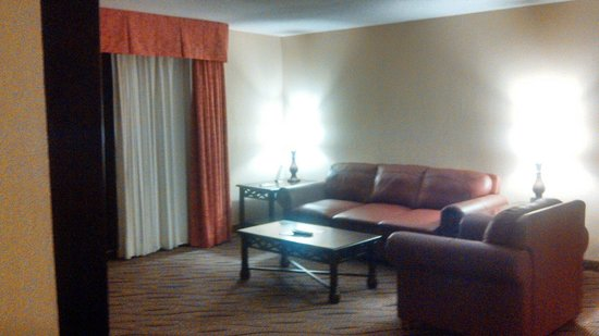 Westgate Myrtle Beach Oceanfront Resort: Sitting area, sleeper sofa