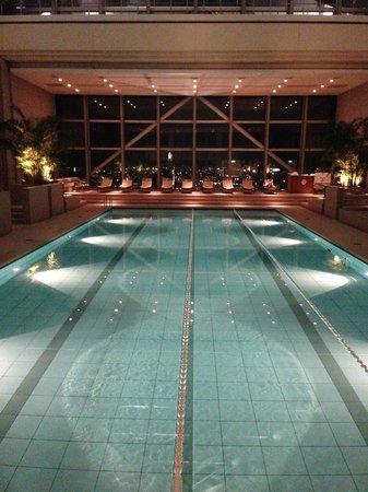 Park Hyatt Tokyo: love the fitness center and pool