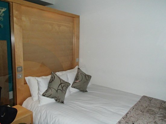 The Cumberland : double bed