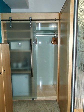 The Cumberland : closet/safe
