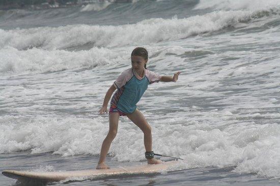 Manuel Antonio Surf School : 8 year old daughter