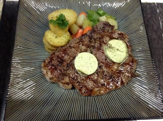 Big Citi Grill : Grilled Rib Eye Steak