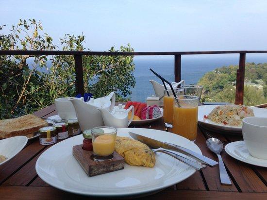 Paresa Resort Phuket: завтрак