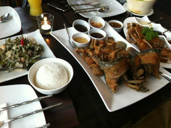 Mesa, Filipino Moderne: laing,tilapia,lechon