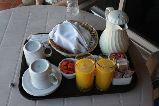 Hotel La Joya: La Joya Breakfast
